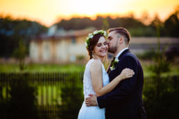 Moko Photography wedding kiss 1