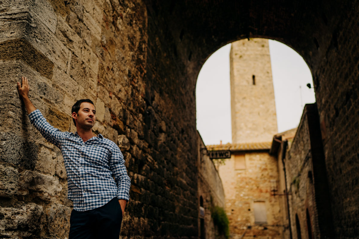 engagement photography san gimignano 11