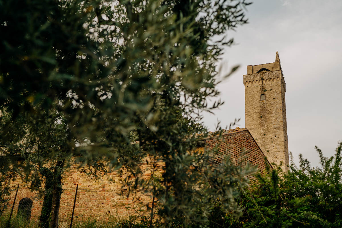 engagement photography san gimignano 13