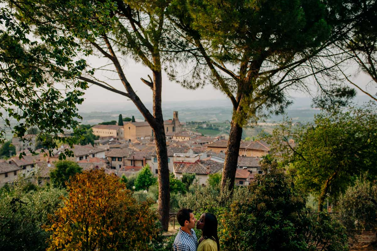 engagement photography san gimignano 20