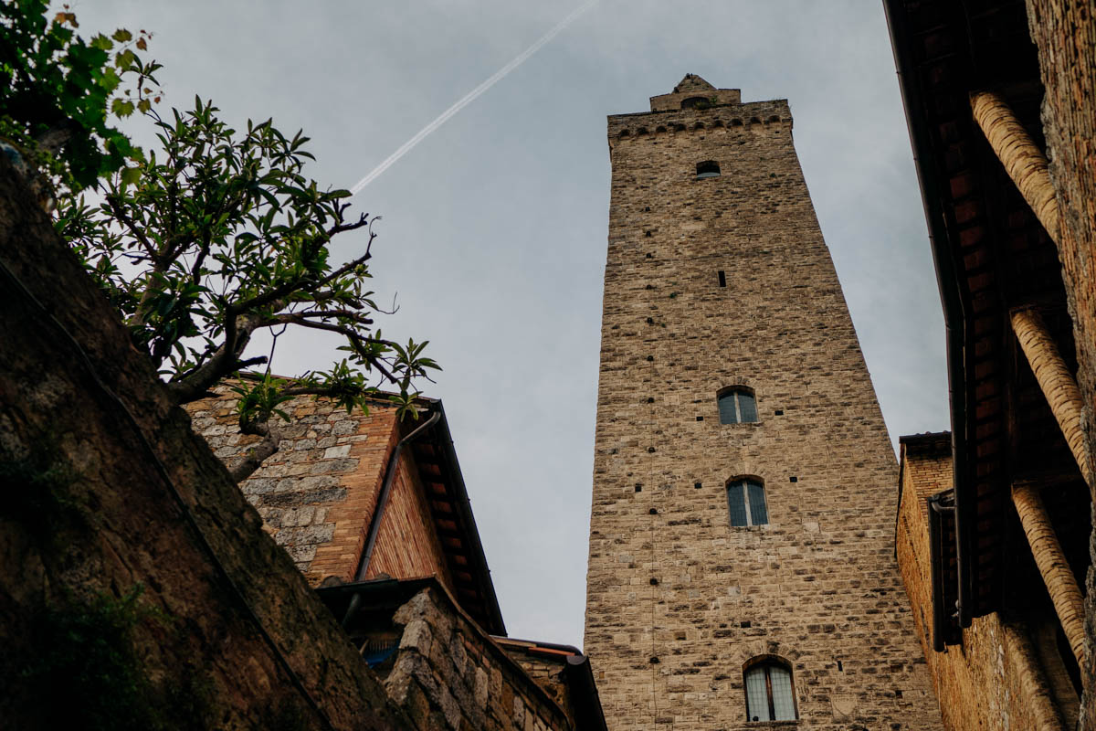 engagement photography san gimignano 8