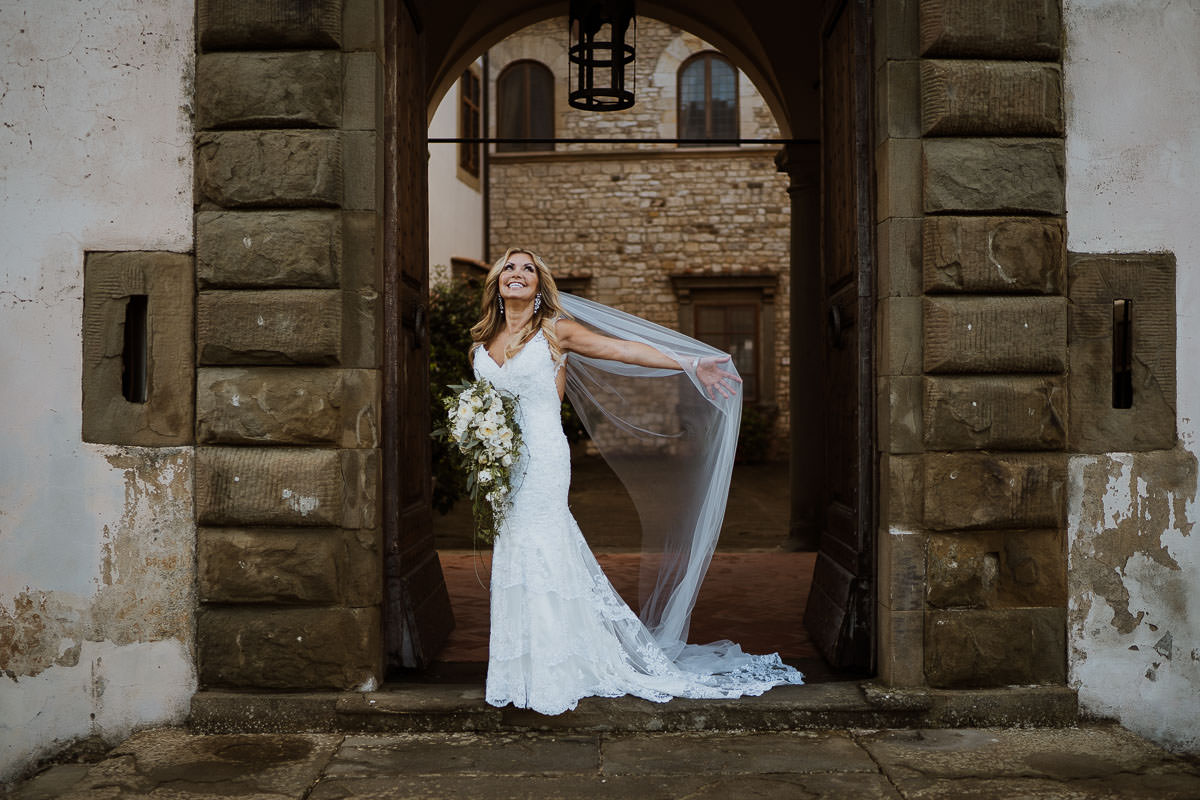 castello vicchiomaggio wedding photography in florence 35