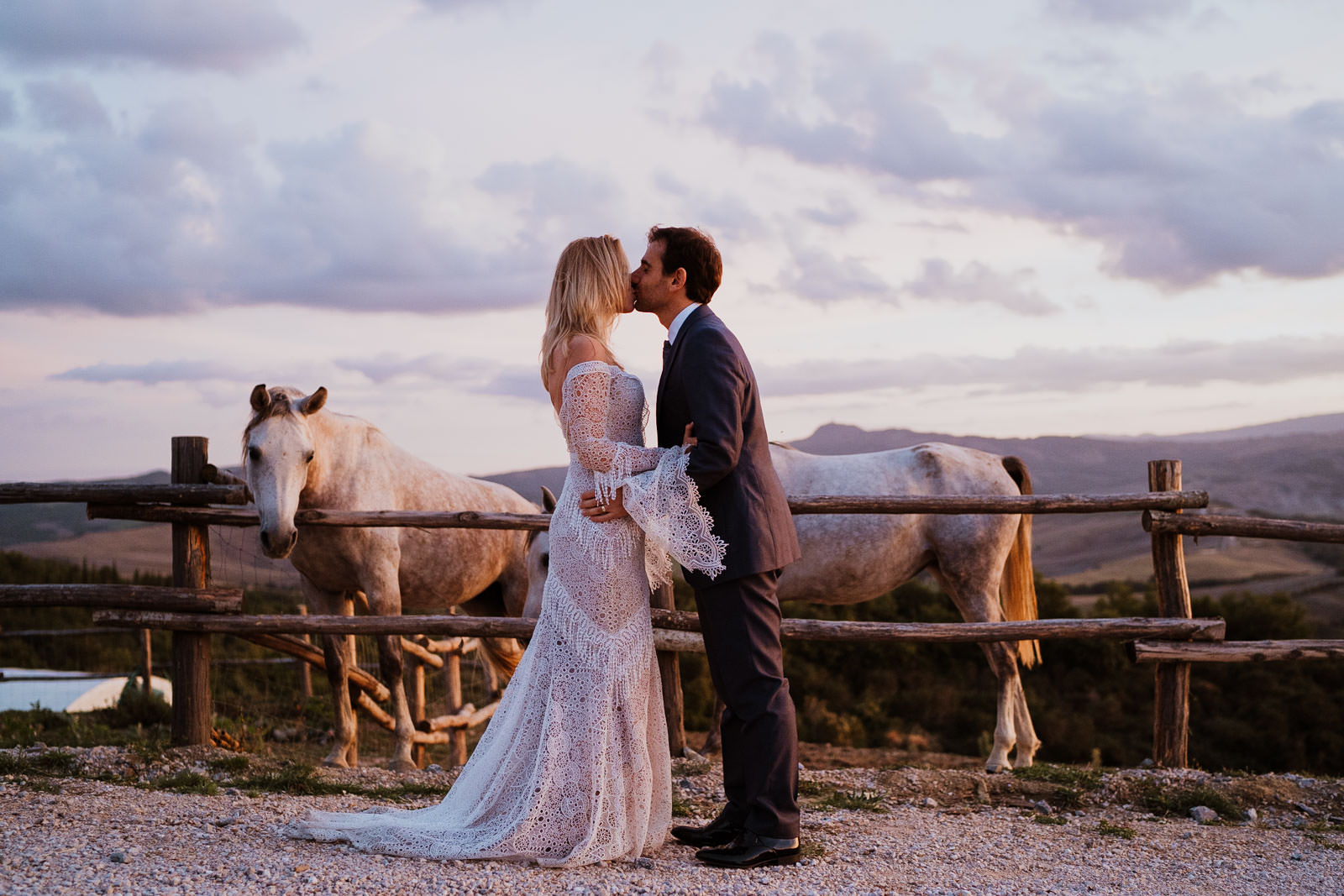 wedding photographer in val dorcia tuscany 19